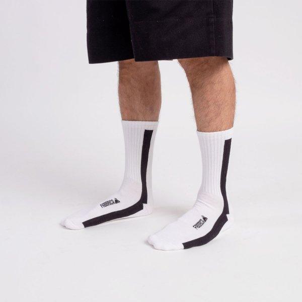 calze-fabbrica-linea-nera-verticale