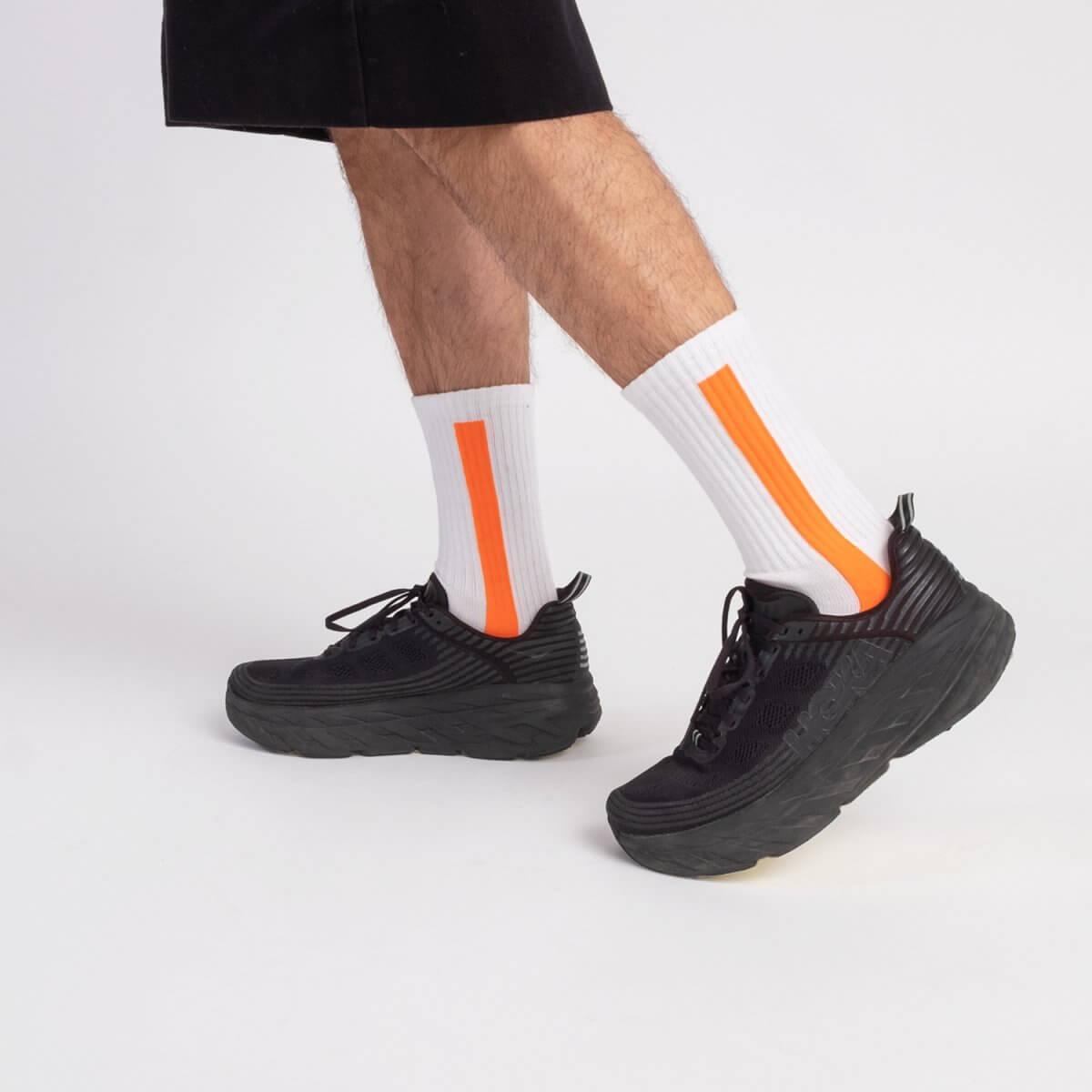 fabbrica-calza-bianca-riga-verticale-fluo-arancione