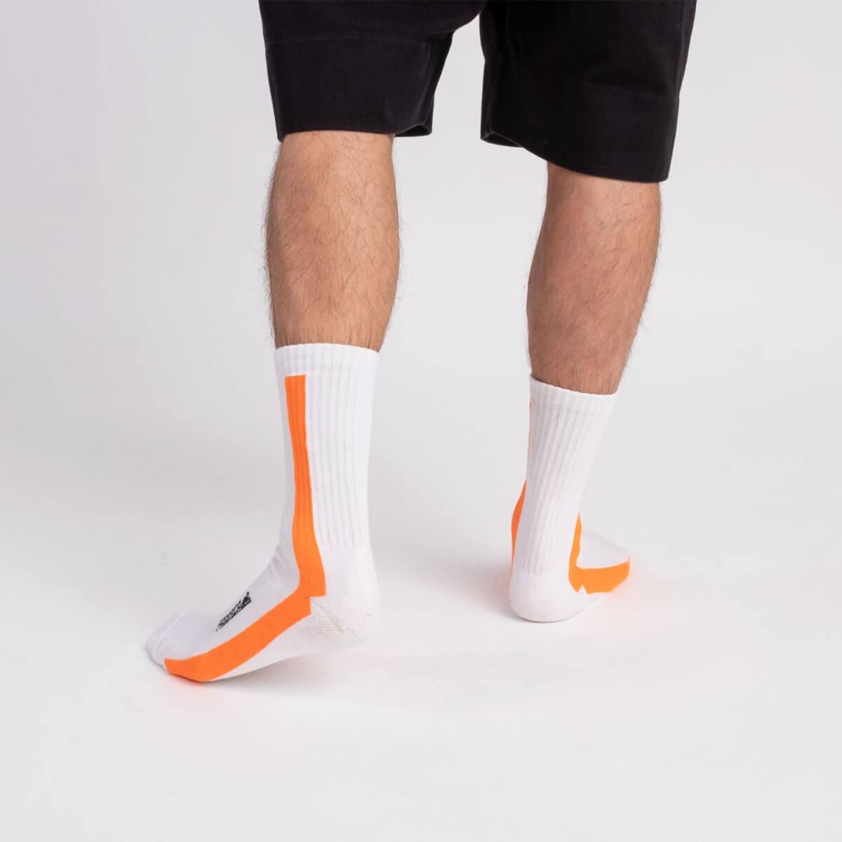 orange-fluo-socks