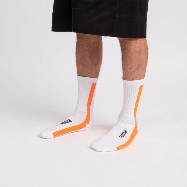 vertical-socks-fluo-orange