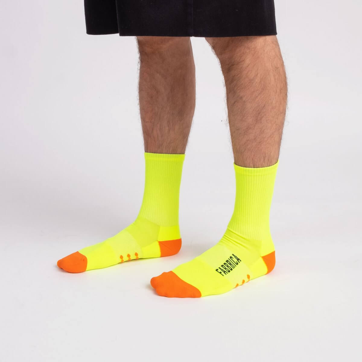 calze-fabbrica-fluo-gialle-qskin
